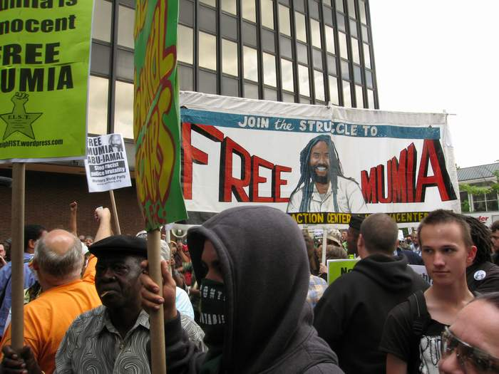 an argument against the execution of mumia abu jamal a former philadelphia journalist Dr malik zulu shabazz, the chairman of the new black panther party, explained he and his group want to help free abu-jamal we are there at the courthouse today, in philadelphia, we are in the streets and we are a part of that movement that is around the world right now and through america that are rallying behind the cause of mumia abu-jamal, said shabazz.