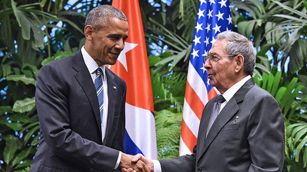 NICHOLAS KAMM-AFPGetty Images32116_ObamaCastro