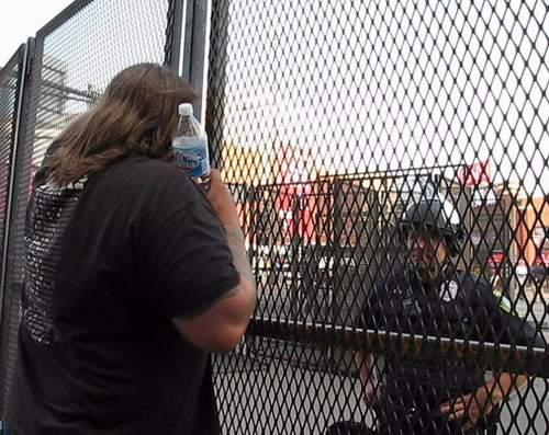 caged1.JPG