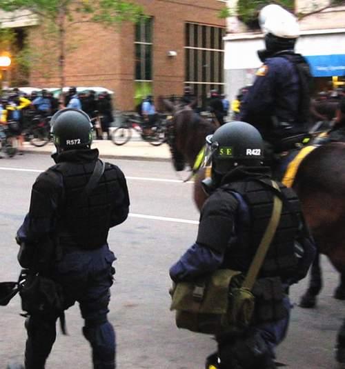 riotpolice22.JPG